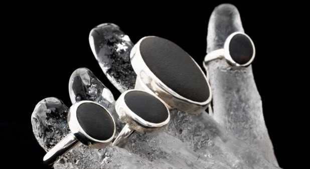 ring <bad pebble> collection