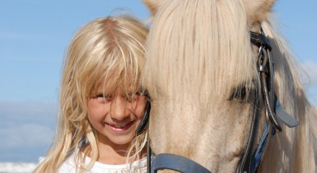 ENFANT PONEY