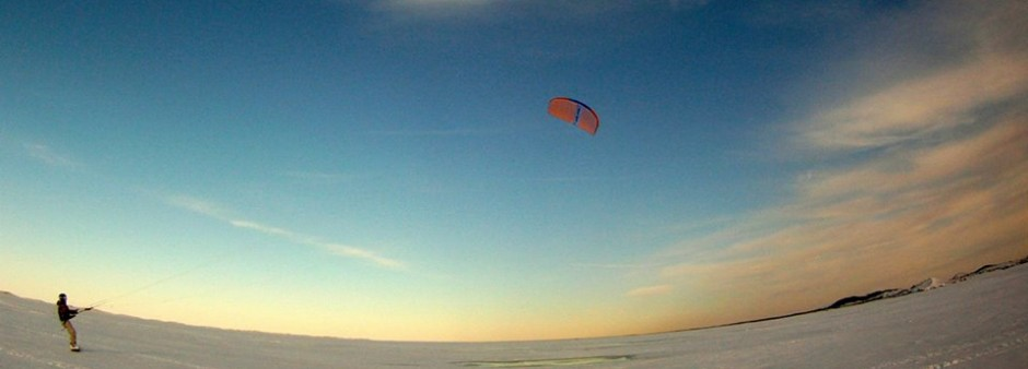 Îles de la Madeleine, ice floe, winter, snow kite